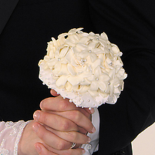 Pearl-Studded Stephanotis Bouquet