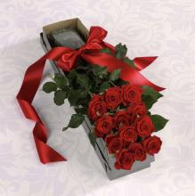 Beautiful,  Red Roses in Box w/water tubes and fillers