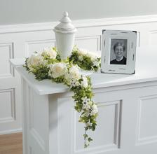 Open Urn Arrangement